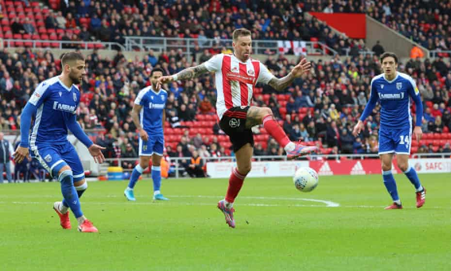 Sunderland and Gillingham in League One action in March