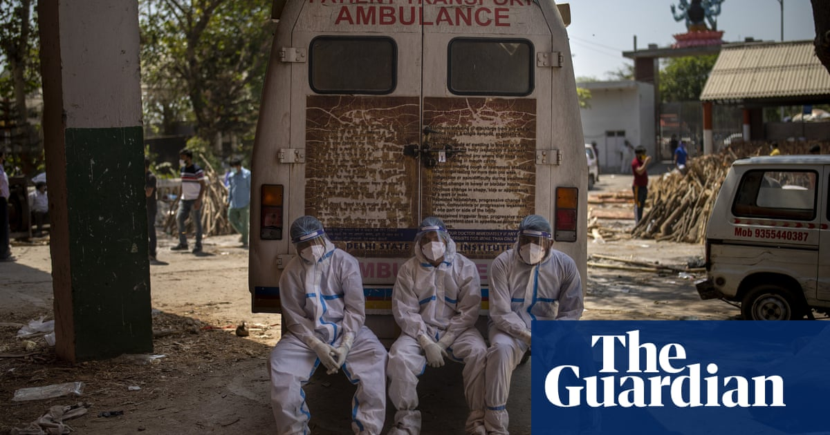 Australia 'morally obliged' to help repatriate citizens caught in India's Covid crisis thumbnail