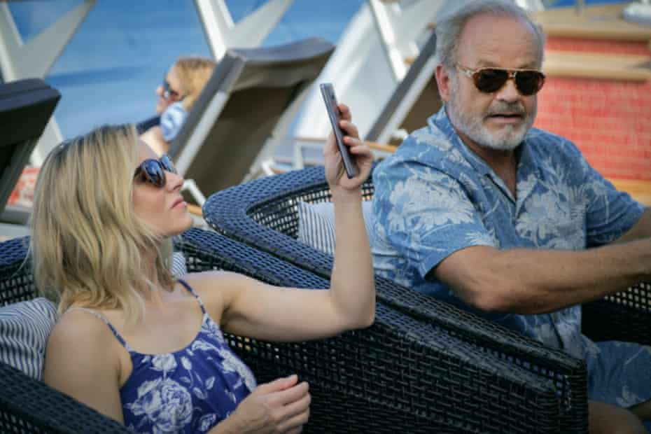 Kristen Bell and Kelsey Grammer in Like Father