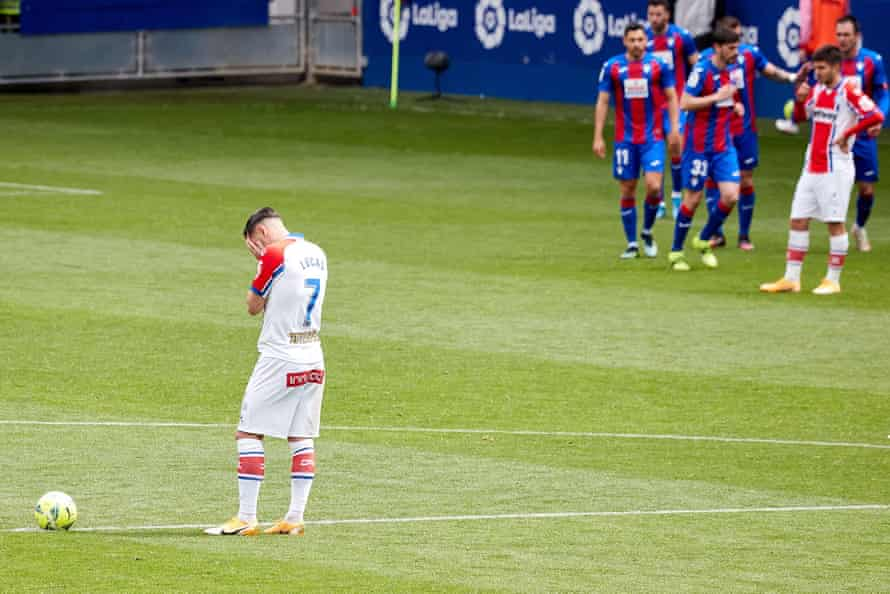 Joy and despair at the bottom of La Liga as Eibar celebrate and Alavés look distraught