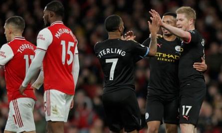 Kevin De Bruyne celebrates after creating City's second goal for Raheem Sterling