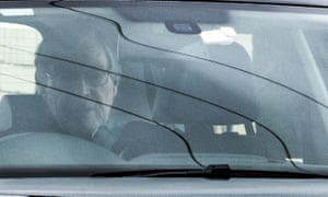 Cardinal George Pell is driven out of Barwon prison in Geelong