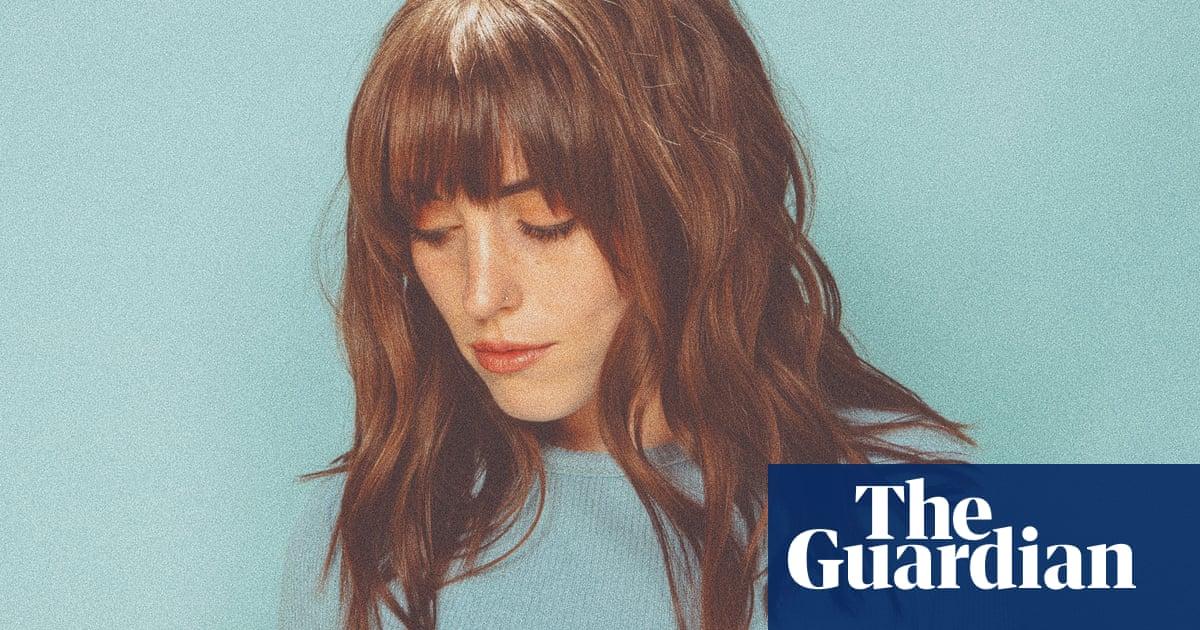 Her dork materials: how Sasha Sloan turned Reddit into songwriting glory