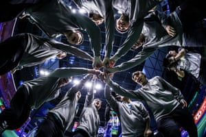 Nanning, China. Chinese Taipei team build a circle to cheer before the match against Korea during day four of the Sudirman Cup