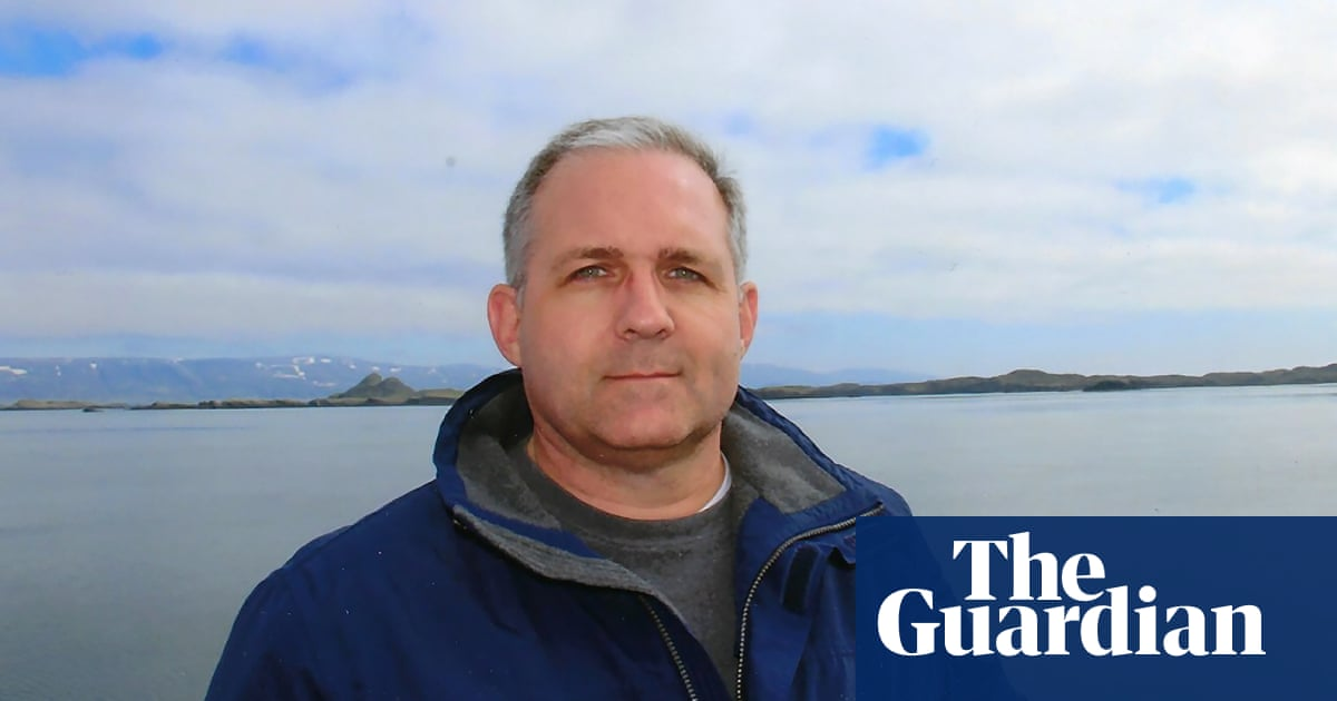 US ambassador visits ex-marine held in Russia on spy charges