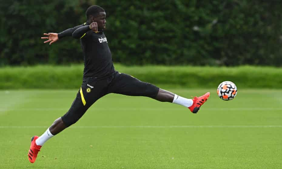 Kurt Zouma's transfer to West Ham had stalled over his demands for a deal worth £130,000 a week, but a compromise has been reached with the defender.