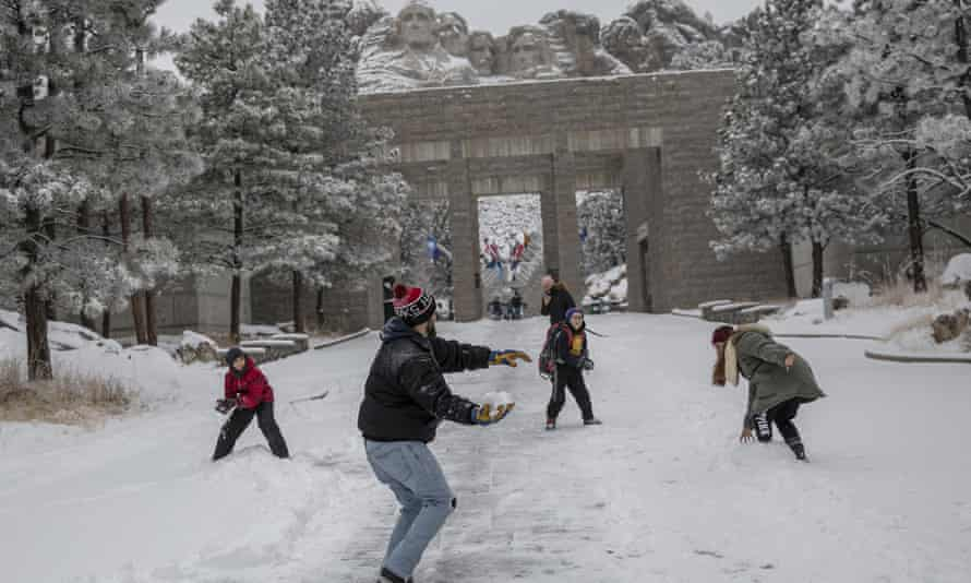 Park roads and grounds at Mount Rushmore remain open to visitors, but there are no National Park Service-provided visitor services during the shutdown.