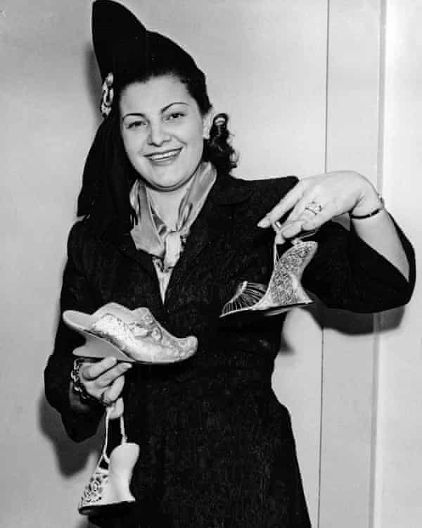 Wanda Ferragamo saw that craft supremacy in shoes would no longer be enough: there had to be handbags, silk scarves and eventually garments.