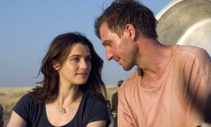 "Rachel Weisz and Ralph Fiennes star in Fernando Meirelles' ""The Constant Gardener."""