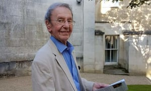 Ralph Windle outside the Holywell Music Room at Oxford University.