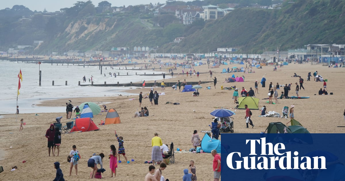 UK weather: highs of 29C expected as England take on Croatia