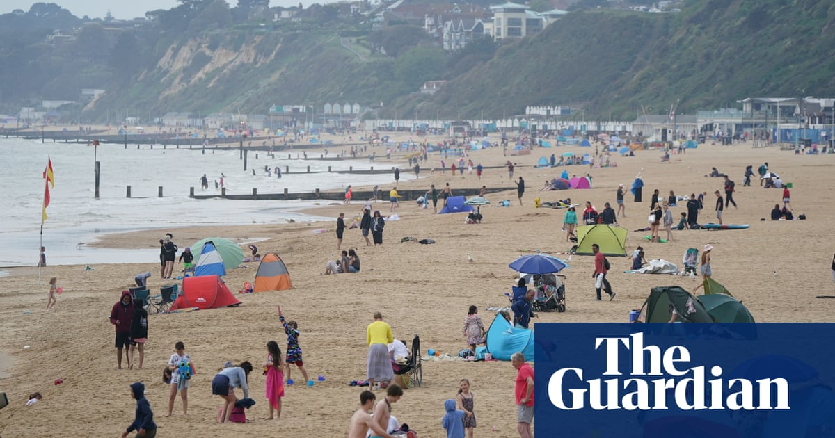 Asthma warning as UK records hottest day of 2021 so far