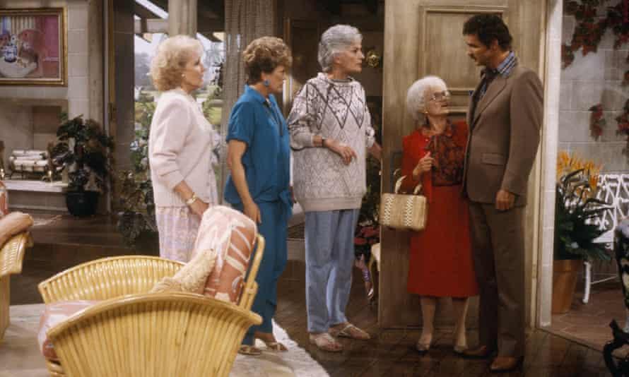 The girls meet Burt Reynolds (guest starring as himself) in an episode from season two.
