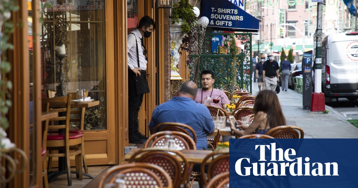 New York's hungry rats torment al fresco diners after lockdown famine