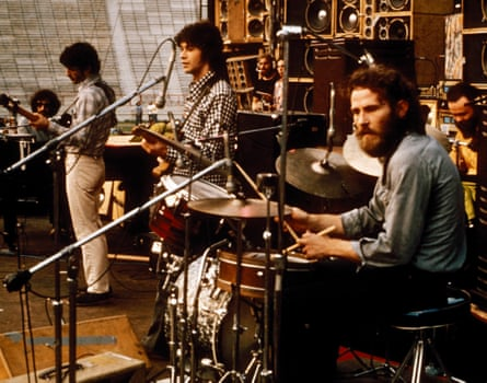 The Band in 1974, with Levon Helm (right) and Robbie Robertson (centre).