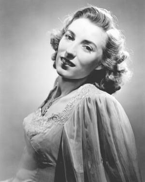 Vera Lynn, 1943