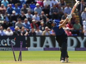 Joe Root misses the ball and is bowled by Nuwan Pradeep.