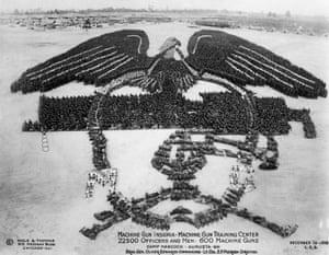 Machine Gun Insignia from 1918.