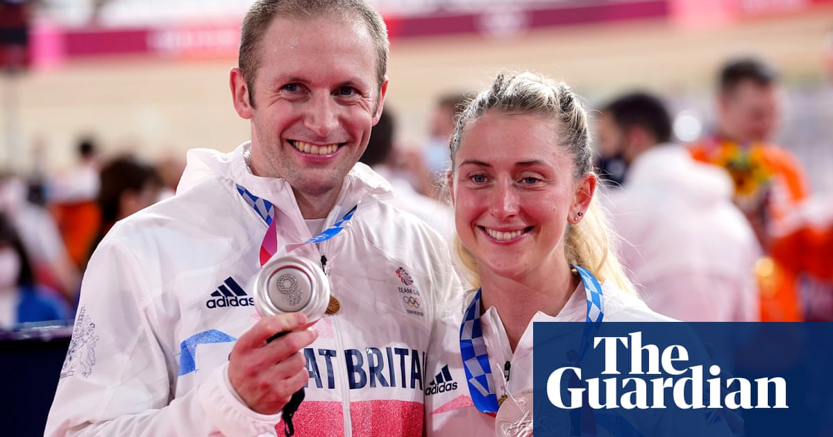 Laura and Jason Kenny win silver medals in Olympic team cycling finals
