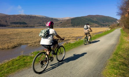 Mawddach trail, river and forested mountain scenery