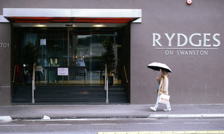 Roles assisting returned travellers in Melbourne hotel quarantine have been advertised on casual staffing app.