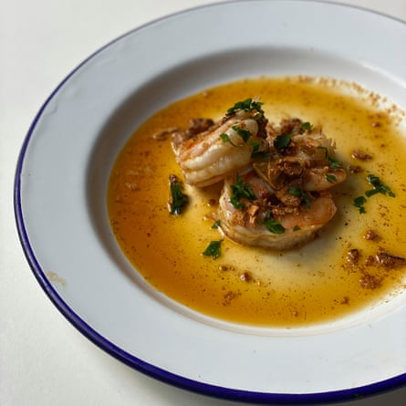 'Throw the shell out and you're missing out' – J Kenji Lopez-Al's garlic prawns.