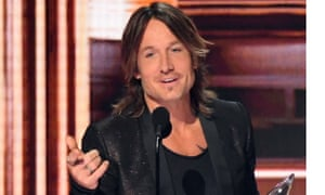 Topical … Keith Urban debuted his new single, Female.