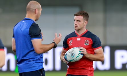 George Ford (right) speaks with then assistant England coach Steve Borthwick, who takes over at Leicester this week, at the World Cup in Japan.
