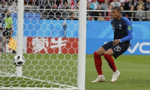 Kylian Mbappé makes no mistake to send France into the last 16.