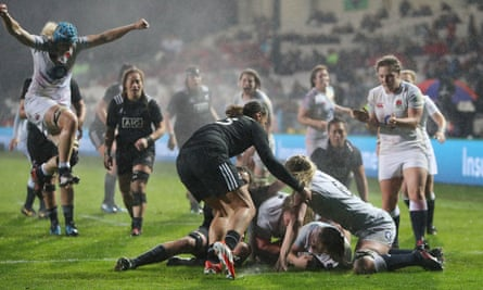 England Women On Top Of Rugby World After Triumph Over New Zealand England Women S Rugby Union Team The Guardian
