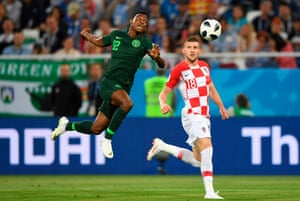Nigeria's defender Shehu Abdullahi beats Croatia's forward Ante Rebic to the header at the Kaliningrad Stadium