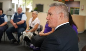 Kelvin Davis at a focus group with prisoners at Arohata Women's Prison