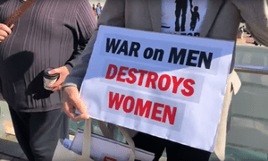 Still from video of Men's Rights March in Melbourne on Saturday 25 August, 2018 published by Avi Yemini on Youtube.