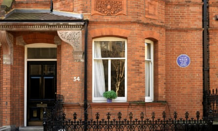 34 Tite Street, London, where Oscar Wilde lived from 1884 until his trial in 1895.