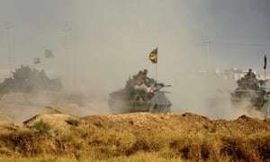 Iraqi forces advance towards Mosul in an attempt to retake it from Islamic State.
