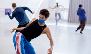 Rehearsals for Rambert's forthcoming livestreamed world premiere performances of Wim Vandekeybus's Draw From Within.
