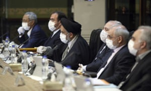 Iranian cabinet members meet