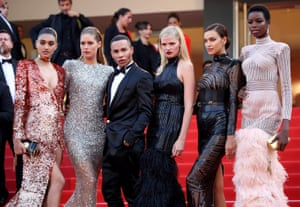 """""""The Beguiled"""" Red Carpet Arrivals - The 70th Annual Cannes Film FestivalCANNES, FRANCE - MAY 24: (L-R) Neelam Gill, Doutzen Kroes, Olivier Rousteing, Lara Stone, Irina Shayk and Maria Borges attend the """"The Beguiled"""" screening during the 70th annual Cannes Film Festival at Palais des Festivals on May 24, 2017 in Cannes, France."""