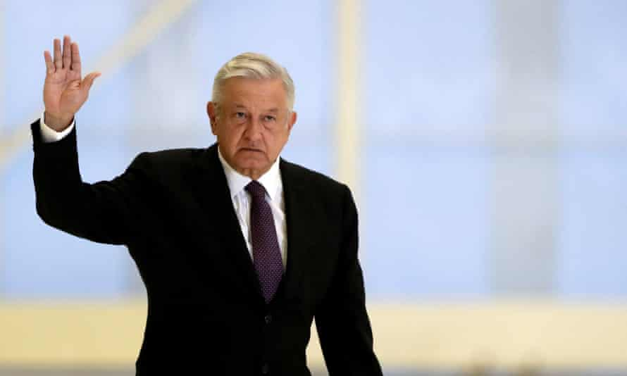 President Andrés Manuel López Obrador: 'Let's hurry up and end corruption so that I put on a mask and no longer speak.'