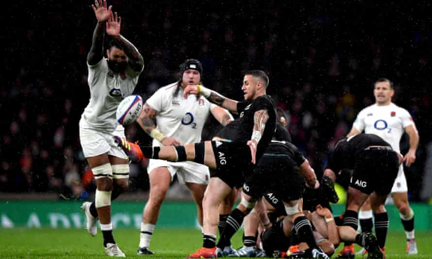 England's Courtney Lawes (left) was deemed offside when he charged down TJ Perenara's kick, which led to Sam Underhill scoring the late try which was disallowed after a TMO review.