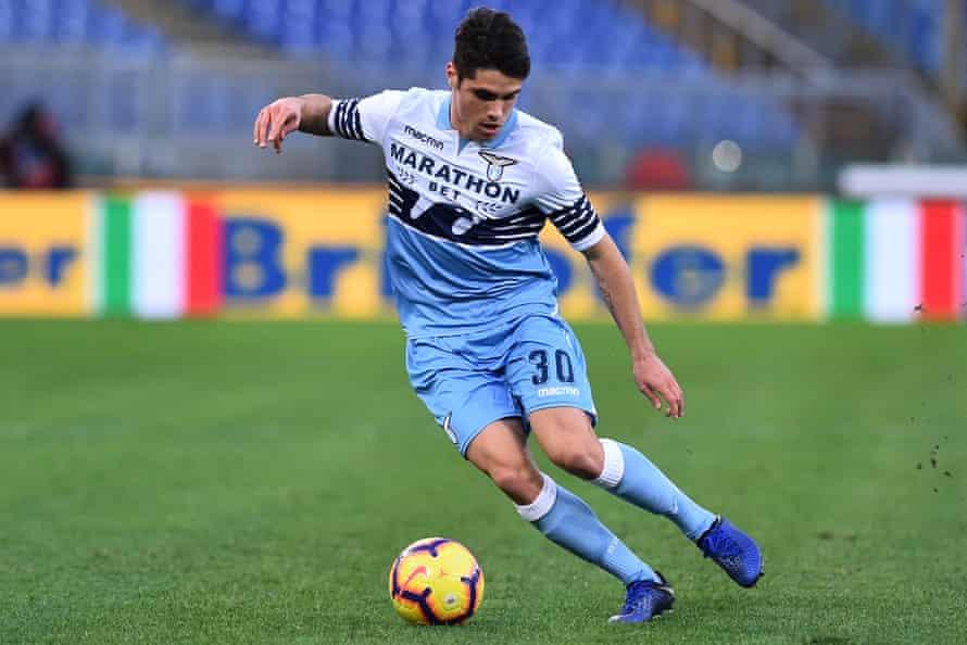Pedro Neto in action for Lazio in January 2019.