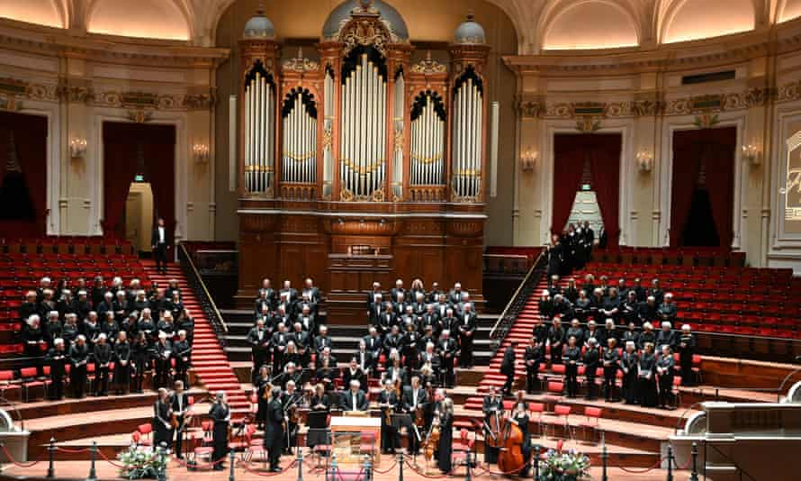 More than 100 members of the Amsterdam Mixed Choir fell ill with the coronavirus.