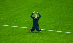 Antoine Griezmann celebrates France's victory.