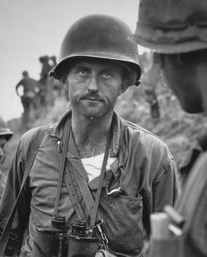 David Douglas Duncan Capt Ike Fenton. No Name Ridge, Korea 1950