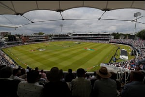 Clouds loomed over Lord's during New Zealand's innings and the run rate was low