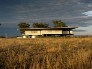 Deepwater Woolshed by Peter Stutchbury Architecture.