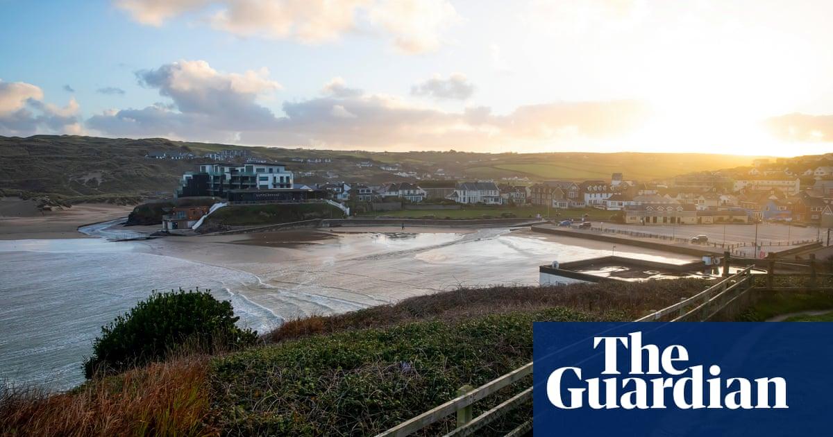 UK tourism boom sparks backlash against 'Tripadvisor warriors'