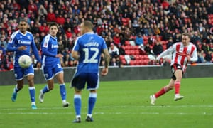 Aiden McGeady opened the scoring for Sunderland, but a howler from goalkeeper Jon McLaughlin cost them victory.