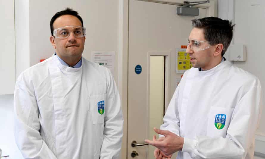 Irish prime minister Leo Varadkar (L) and Irish health minister Simon Harris visiting the National Virus Reference Laboratory in Dublin, Ireland, 18 March 2020.