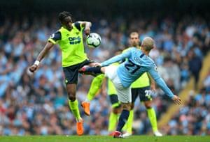 Silva catches Kongolo.